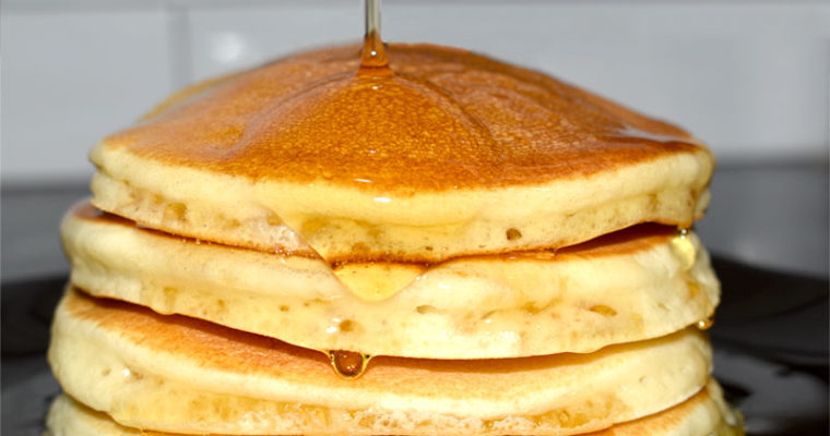 SIMPLE FLUFFY PANCAKES FROM SCRATCH